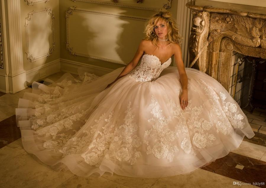 Wedding Dresses With Illusion Bodice : Sweetheart strapless vintage lace tulle a line