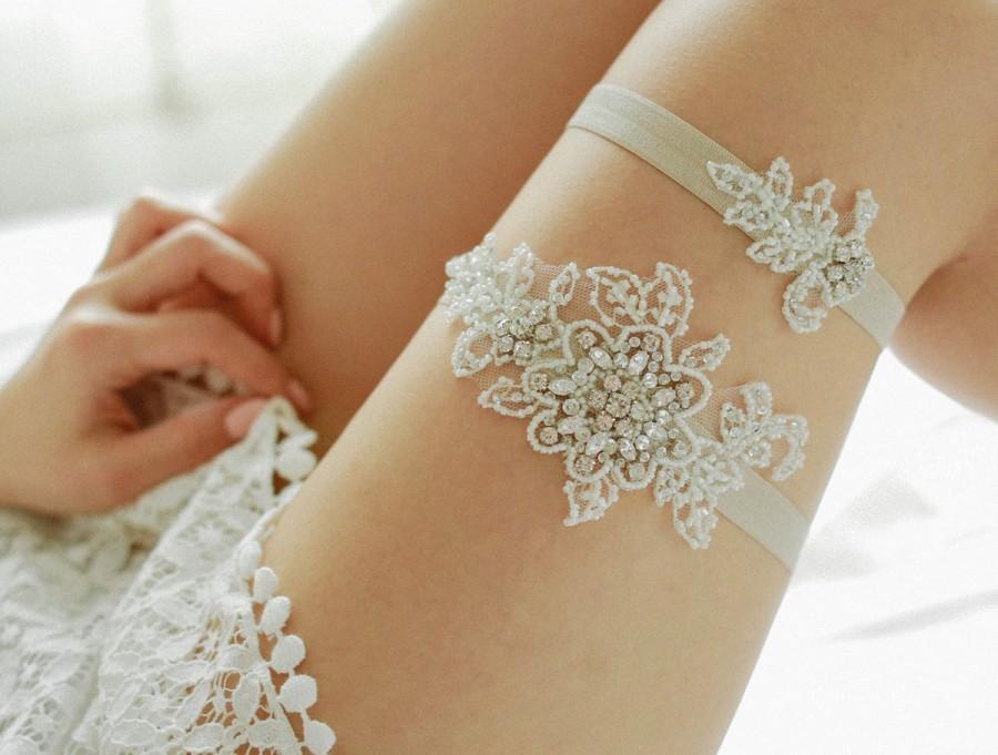 Vintage Wedding Garter Set Ivory Rhinestone Bridal Lingerie