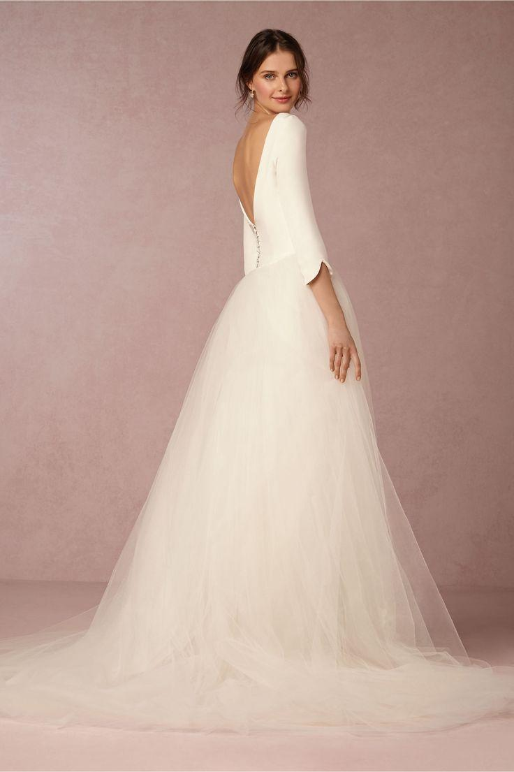 Wedding - Winter Wedding Dresses: 17 Beautiful Bridal Gowns For Your Winter Wedding