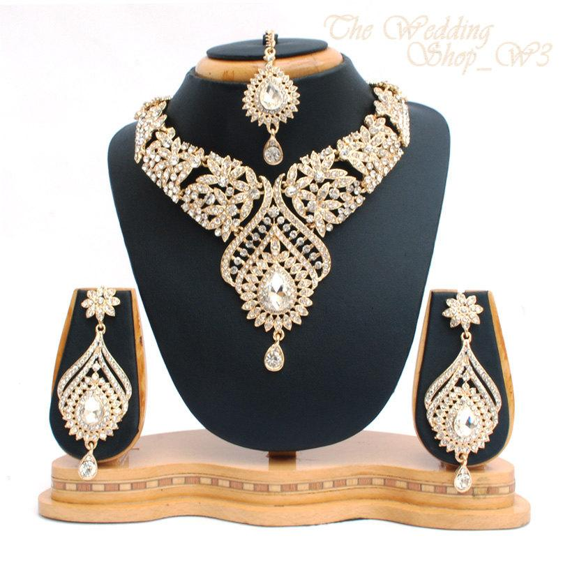 Mariage - Elegant Bridal Set Heavy Gold Plated Diamante Crystal Vintage Indian Jewelry Necklace Earrings & Tikka Wedding Jewellery Party Prom NS10G
