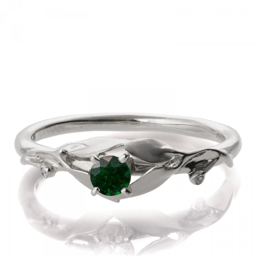 Mariage - Leaves Engagement Ring - 18K White Gold and Emerald ring, May Birthstone, Three stone ring, engagement ring, leaf ring, Emerald Ring, 13