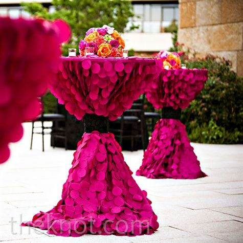Wedding - How Chic Is This? Fuchsia Textured Linens