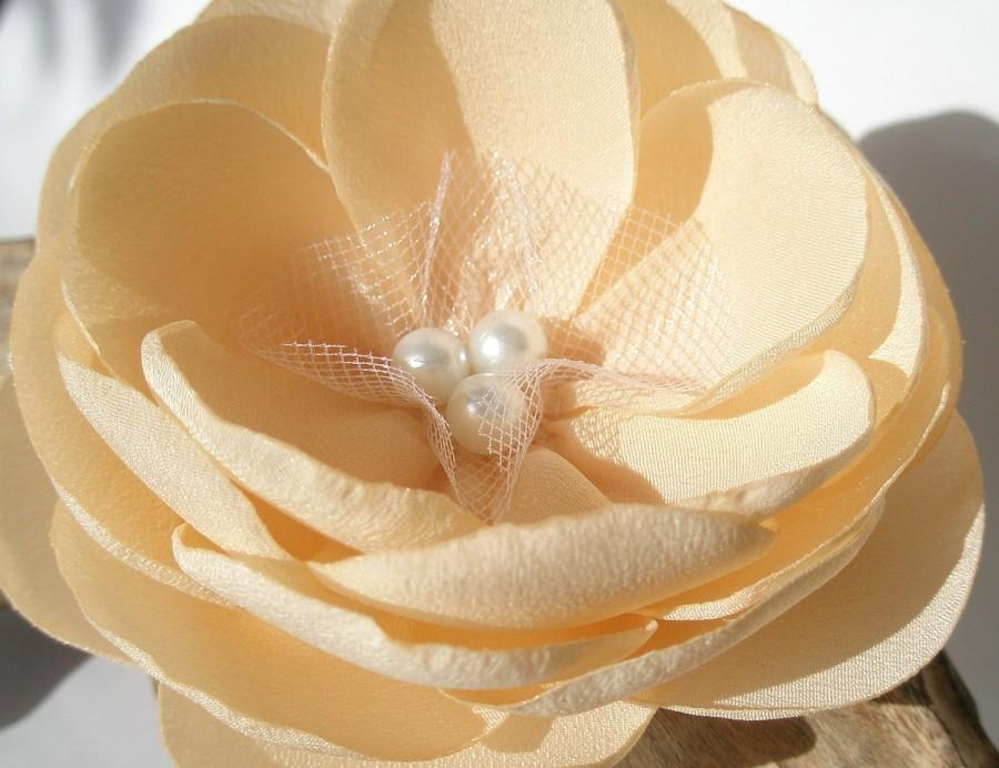زفاف - Handmade Ivory Cream Flower Brooch Pin or Hair Clip