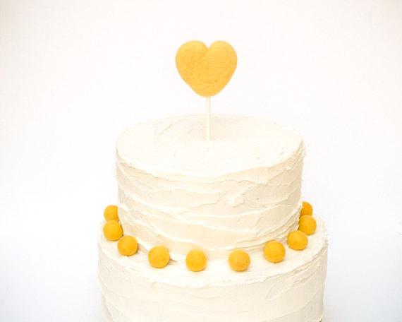 Свадьба - Heart Wedding Cake Topper - Needle Felted Heart Wedding Cake Topper - Yellow Unique Country Wedding Cake Topper