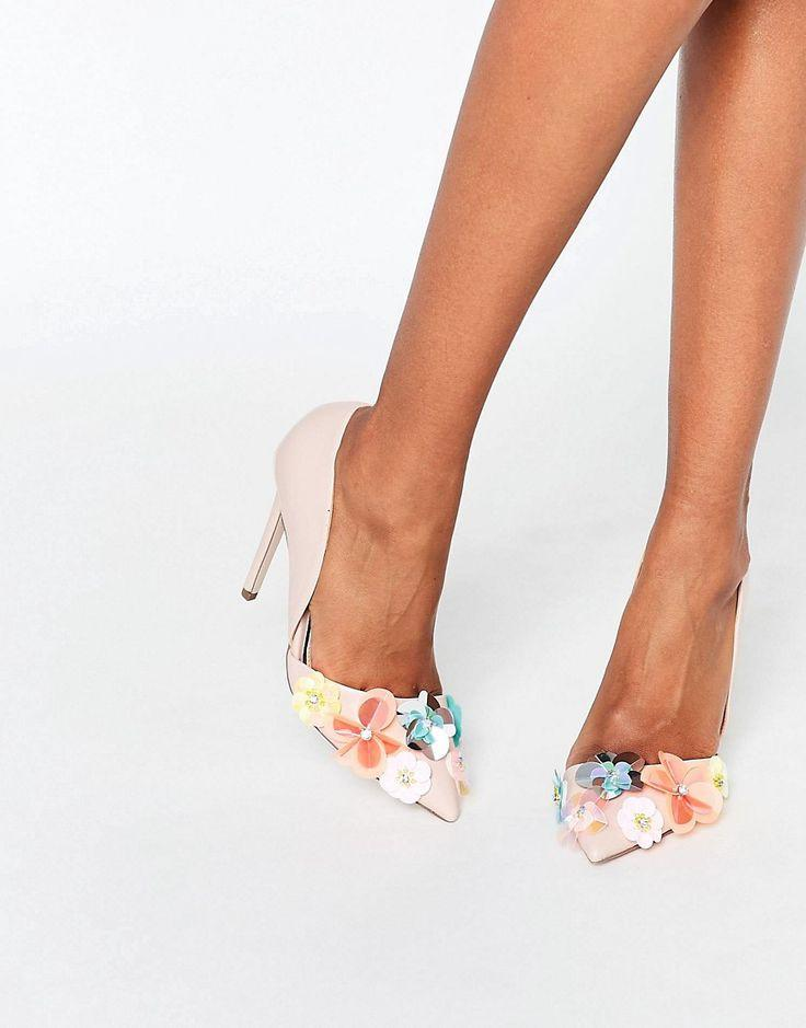 Hochzeit - Miss KG Caela Floral Embellished Heeled Pumps