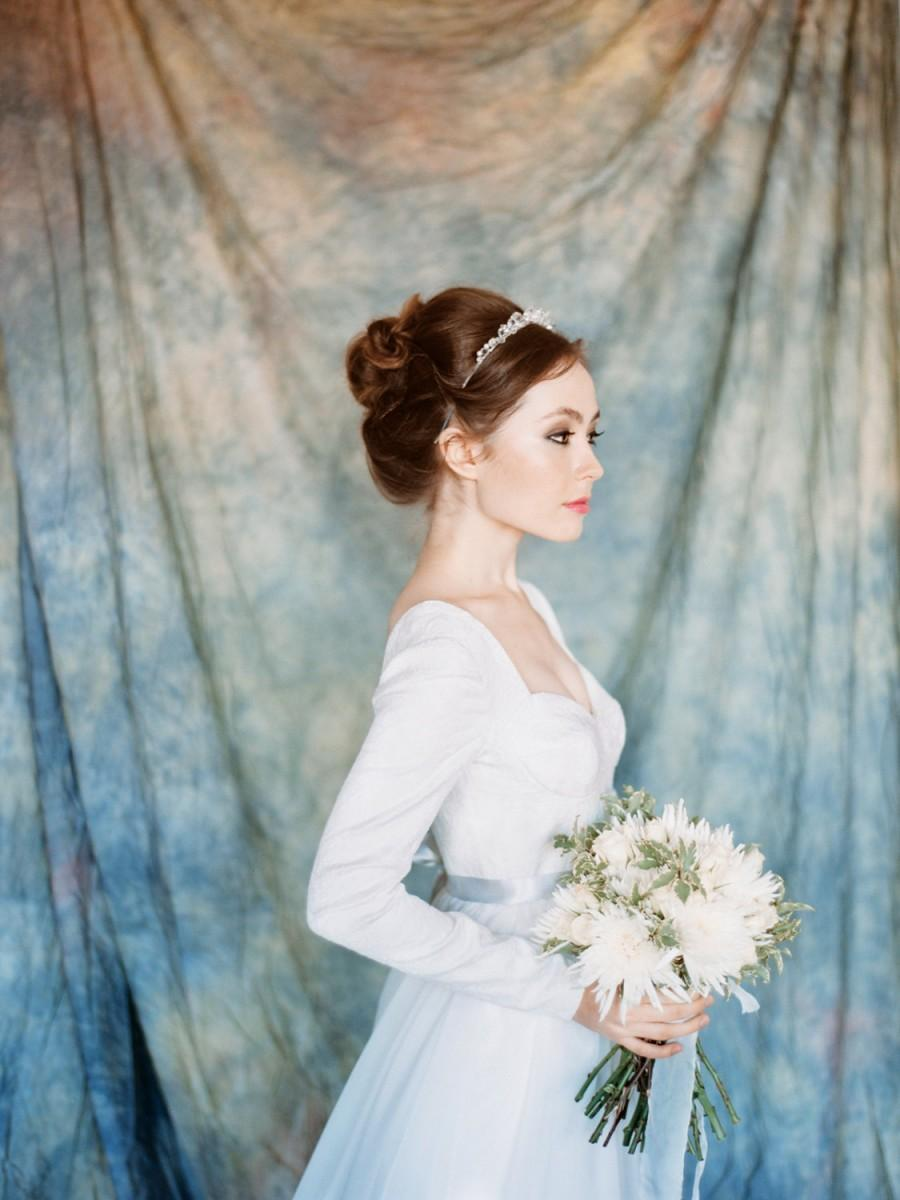 Andromeda // Classic Wedding Gown - Long Sleeved Wedding Dress ...