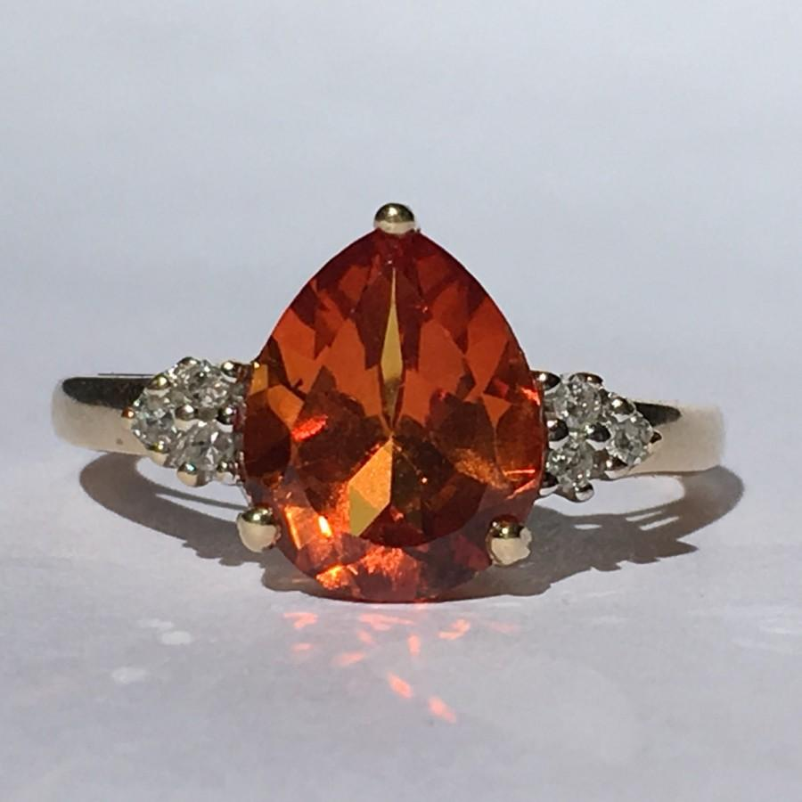 Hochzeit - Vintage Orange Sapphire and Diamond Ring. 10k Gold Setting. Estate Jewelry. Unique Engagement Ring. September Birthstone. 5th Anniversary