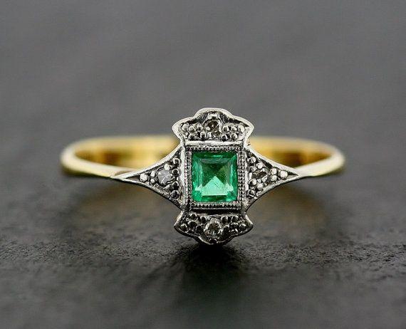 Hochzeit - Art Deco Emerald Ring - Antique Art Deco Emerald & Diamond 18ct Gold And Platinum Ring
