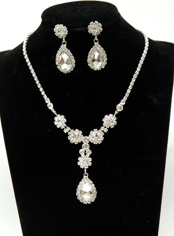 Mariage - Rhinestone Teardrop Jewelry Set, Crystal Bridal Necklace Set, Flower Crystal Wedding Set, Silver Teardrop Necklace, Crystal Earrings