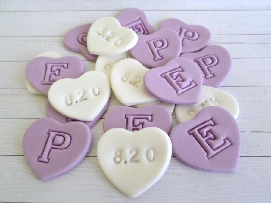 Mariage - 36 Edible Sugar Heart Wedding Cake Cupcake Topper Favor Candy Fondant Personalise Anniversary Engagement Decor Initial Customise Purple Date