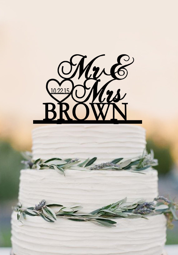 Mariage - Custom Mr Mrs wedding cake topper, personalized topper, acrylic wedding decoration, heat and date cake topper