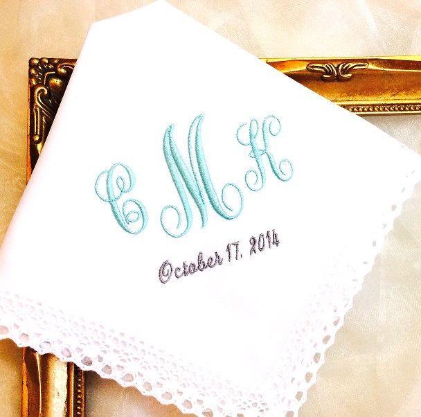 Свадьба - Wedding gift for Bride - Something Blue Wedding gift - Monogrammed Handkerchief for Bride - hanky - hankie