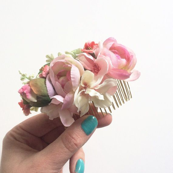 Свадьба - Pink And Blush Flower Comb- Flower Comb- Rustic Wedding Headpiece- Bridal Comb