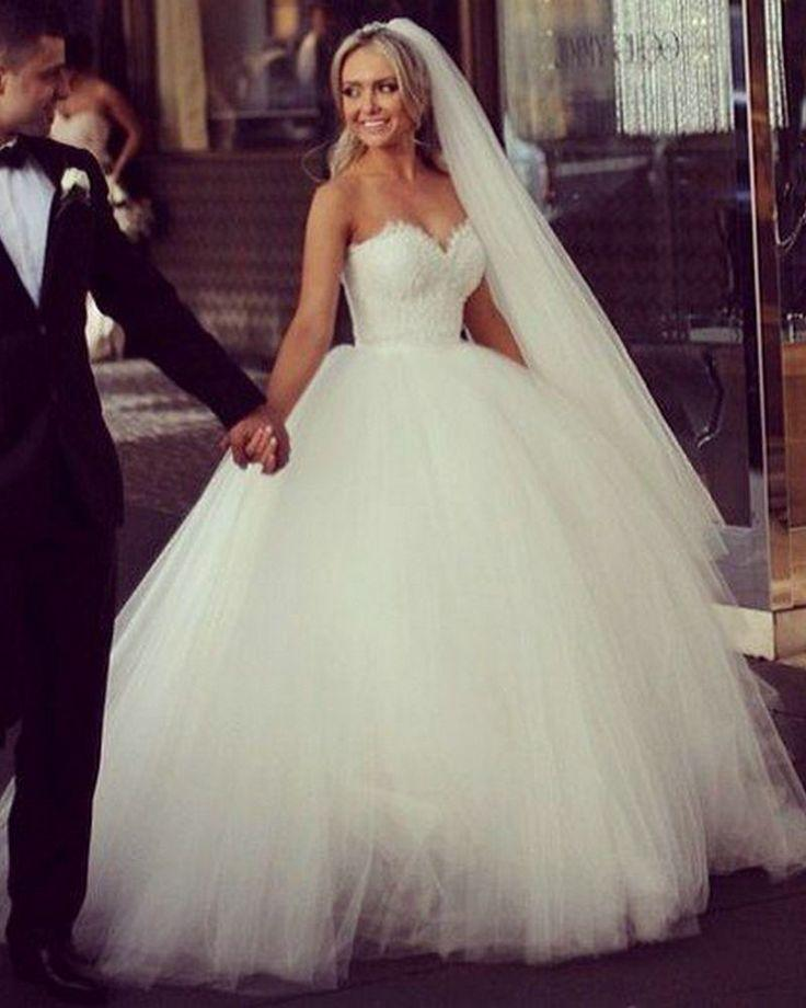 New Vintage Princess Ball Gown Wedding Dresses Beaded Tulle Bridal ...