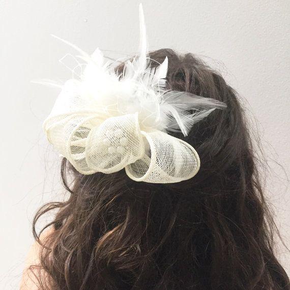 Свадьба - Ivory Fascinator- Bridal Headpiece- Ivory Feather Wedding Headpiece