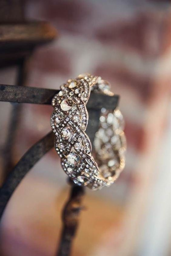 Wedding - Can We Guess What Ring You'd Have Based On Your Star Sign?