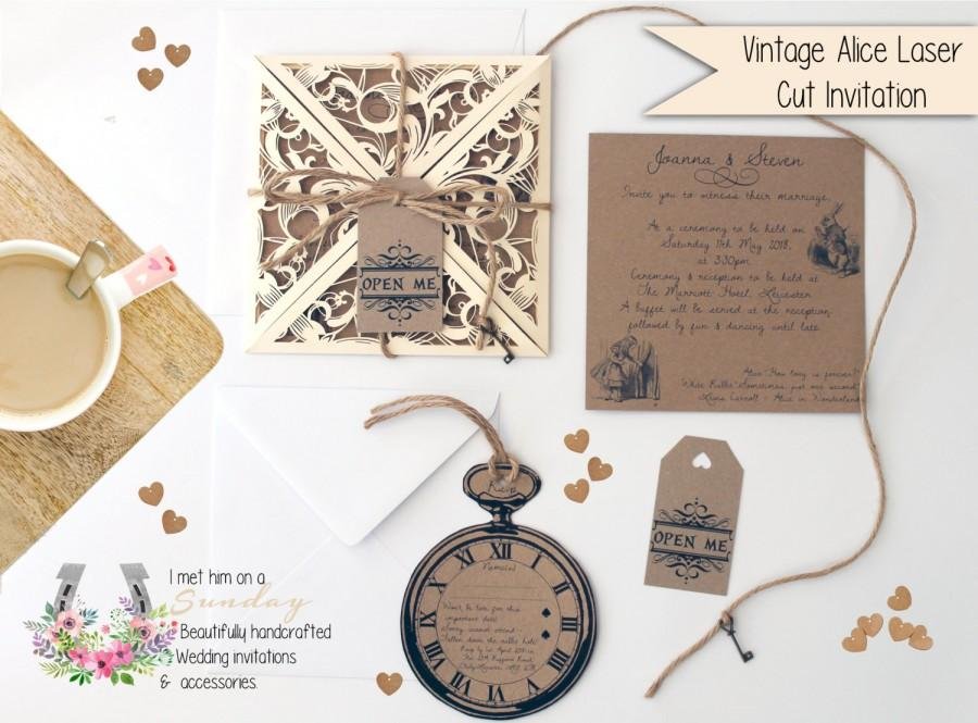 X1 Vintage Quot Laser Cut Alice In Wonderland Invitation Set