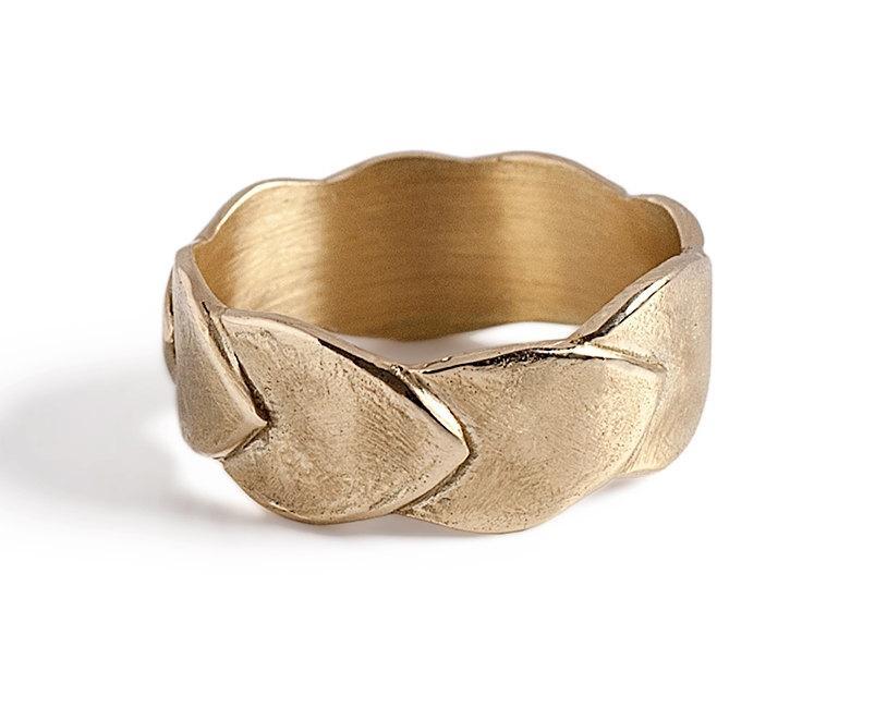 Hochzeit - Unique Women Wedding ring, 14K gold Wedding Band, Solid Gold Leaf Ring.