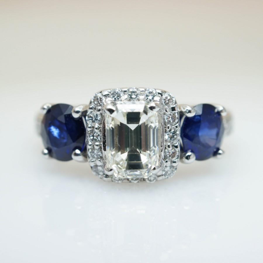 Vintage sapphire engagement ring oval sapphire emerald cut for Sapphire engagement ring and wedding band set