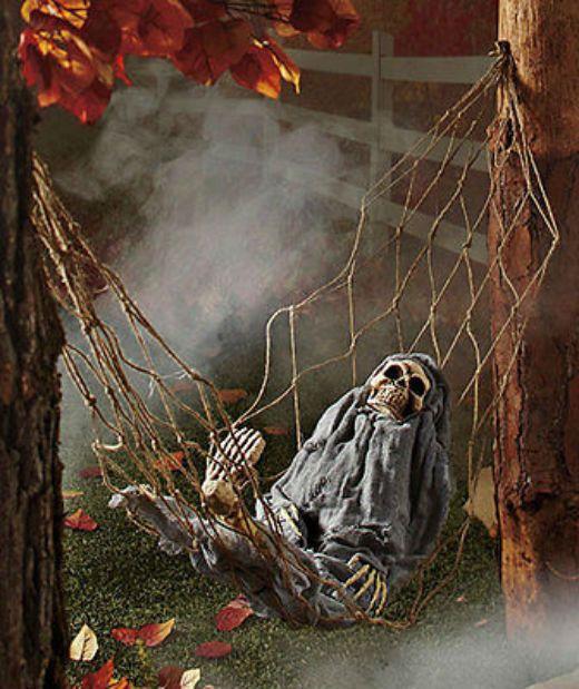 Свадьба - Interactive Skeleton In Hammock