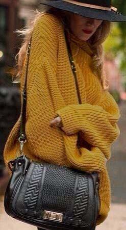 زفاف - Give Me A Hug Turtleneck Sweater