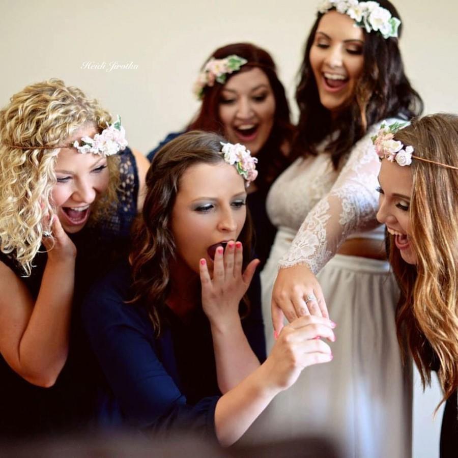 Mariage - Bachelorette Party Flower Crown Kits 5 or more - Bridesmaids Flowercrowns- DIY Flower Crown- DIY Wedding Kits- Wedding Party Headbands