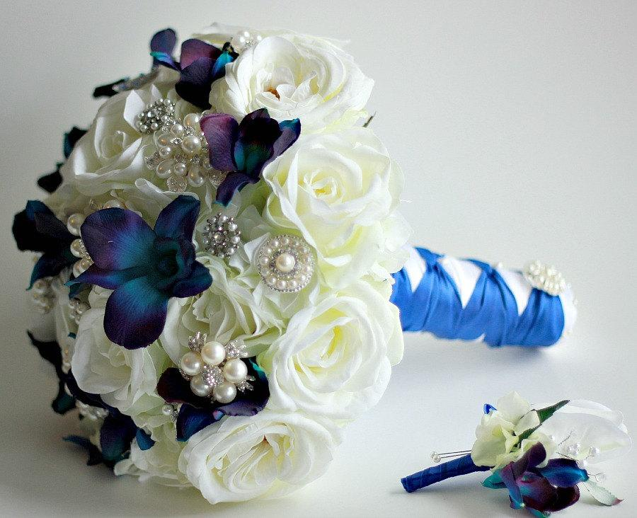 Свадьба - The Amber Bouquet- Pearl Brooches,  Blue Dendrobium Orchids and Silk Garden Roses Large Bridal Bouquet