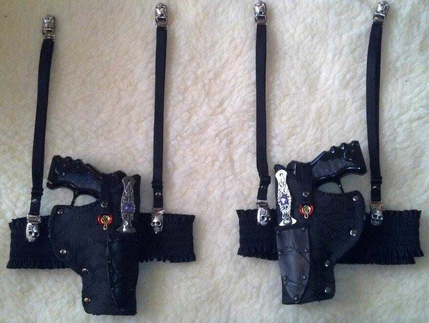 Hochzeit - Gothic Steampunk garter guns,  throwing knives with sugar skull garter straps left and right thigh