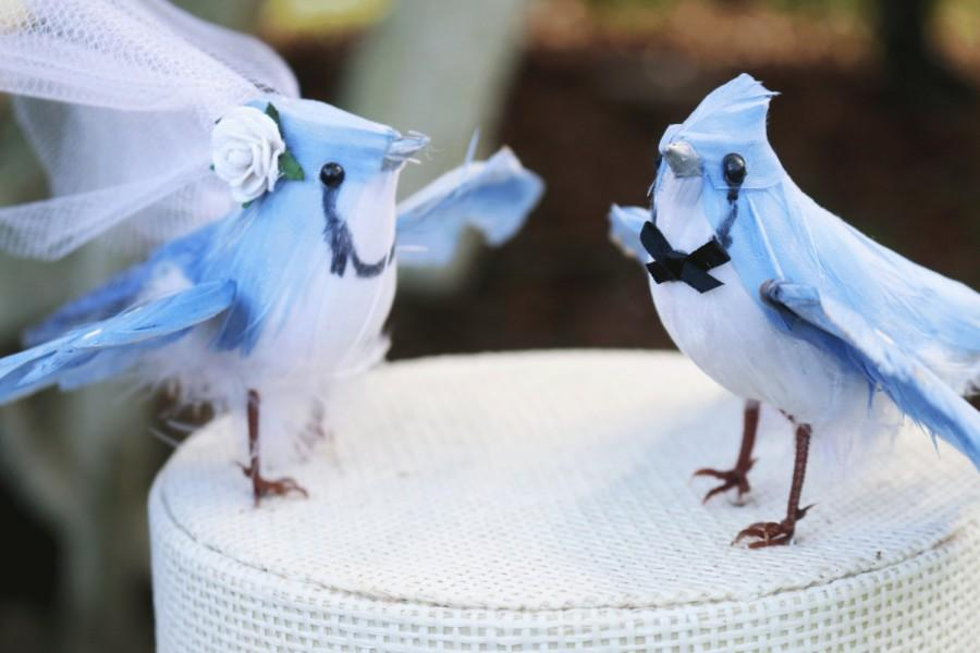 Mariage - Blue Jay Wedding Cake Topper in Sky Blue: Bride & Groom Love Bird Cake Topper -- LoveNesting Cake Toppers