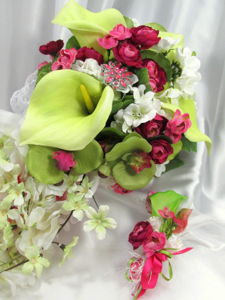 Свадьба - Fuchsia Hot Pink and Lime Green Calla Lily Victorian Style Beaded Cascading Bridal Brooch Bouquet and Boutoneirre Set