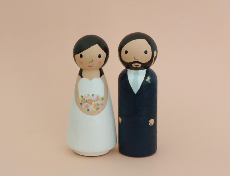 Свадьба - Custom Wedding Cake Topper - Bride and Groom Figurines - Personalized Wedding Decoration