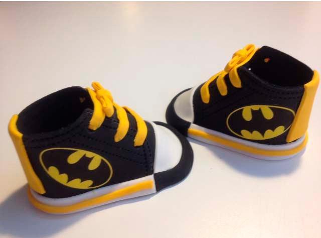 Свадьба - batman Fondant shoes cake toppers