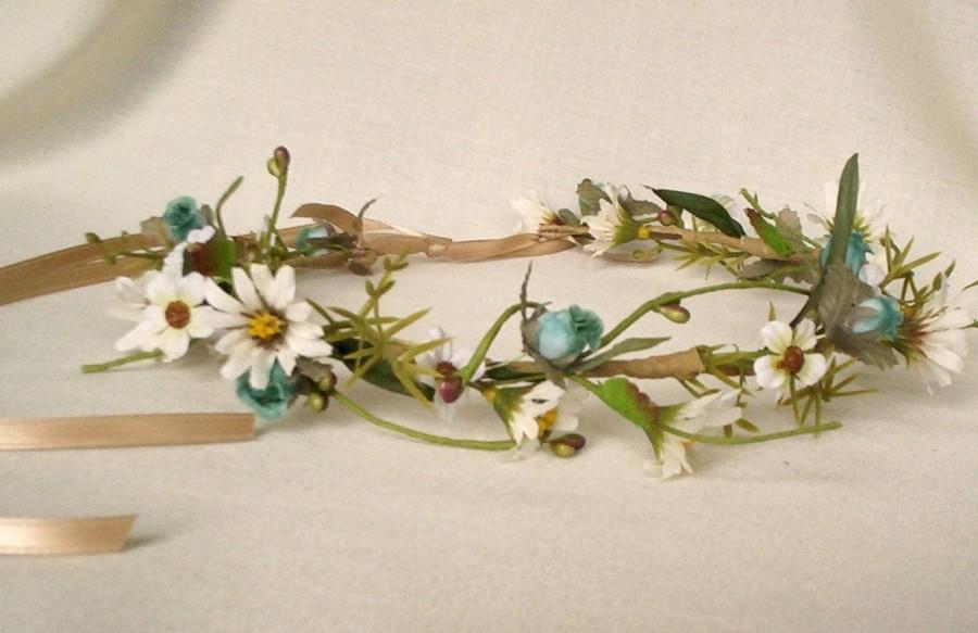 Свадьба - Flower Crown Bohemian Rhapsody bridal headwreath spring wedding accessories wild daisies Halo teal aqua Hippie hair wreath robin egg blue