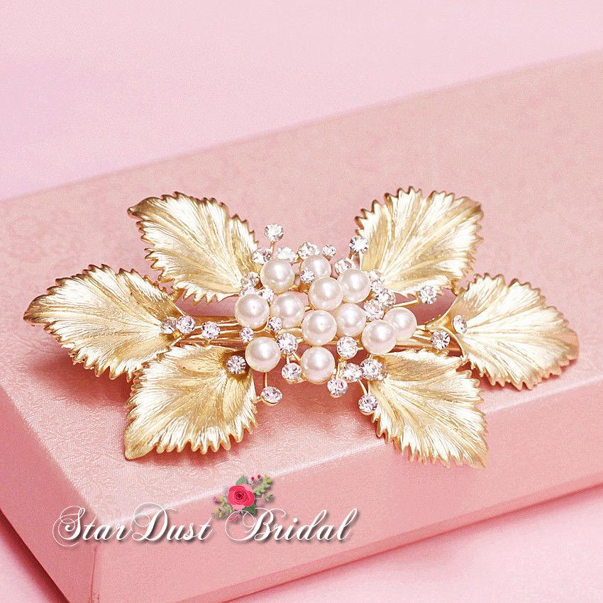 Свадьба - Wedding  Accessories, Gold Hair Clip, Bridal Hairpiece, Gold leaves Pearls and Crystals, Beautiful Bridal Hair clip.