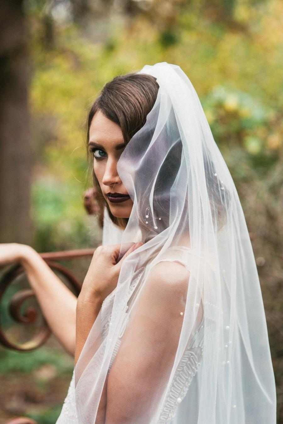 Wedding - Bridal veil, Finger tip veil with pearls--HARLOW