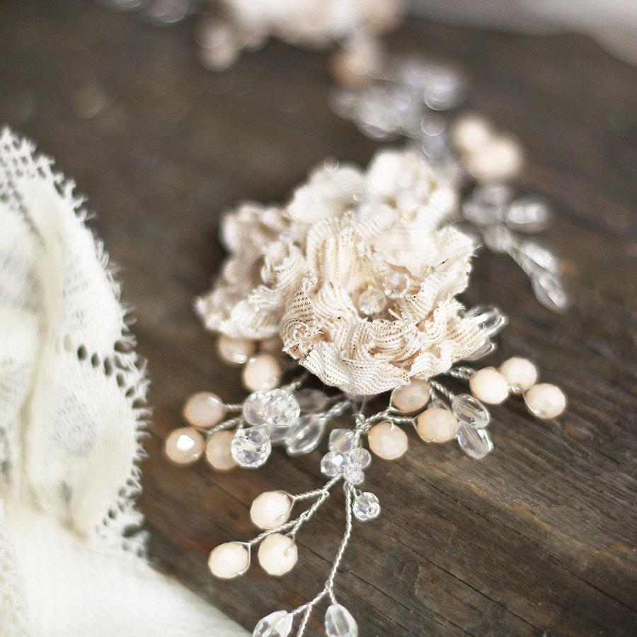 Mariage - Floral Bridal Headpiece.Wedding Hair Vine. Floral Hair Vine. Bridal Hair Accessory.Wedding Headpiece.Champagne Wedding Vine.