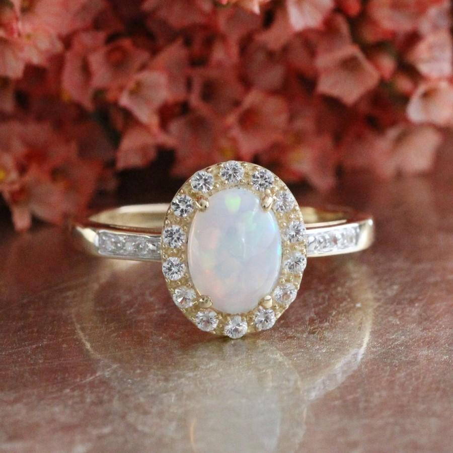 زفاف - Opal Engagement Ring in 14k Yellow Gold Halo White Sapphire Ring Oval Cut Gemstone Ring October Birthstone Ring, Size 7.25 (Resizable)