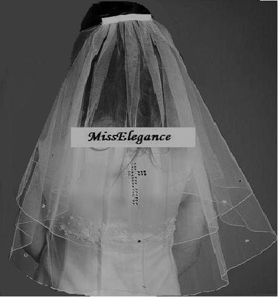 "Свадьба - Communion Veil 2 Tier  DIAMANTE CROSS  veil Pencil or Ribbon Edge veil .1st tier 15"" 2nd tier 20"" long. White, Ivory First communion Veil"