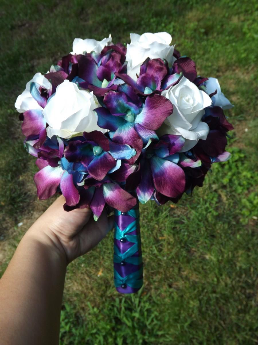 Mariage - Blue dendrobium orchids and white rose bouquet, choose your orchid