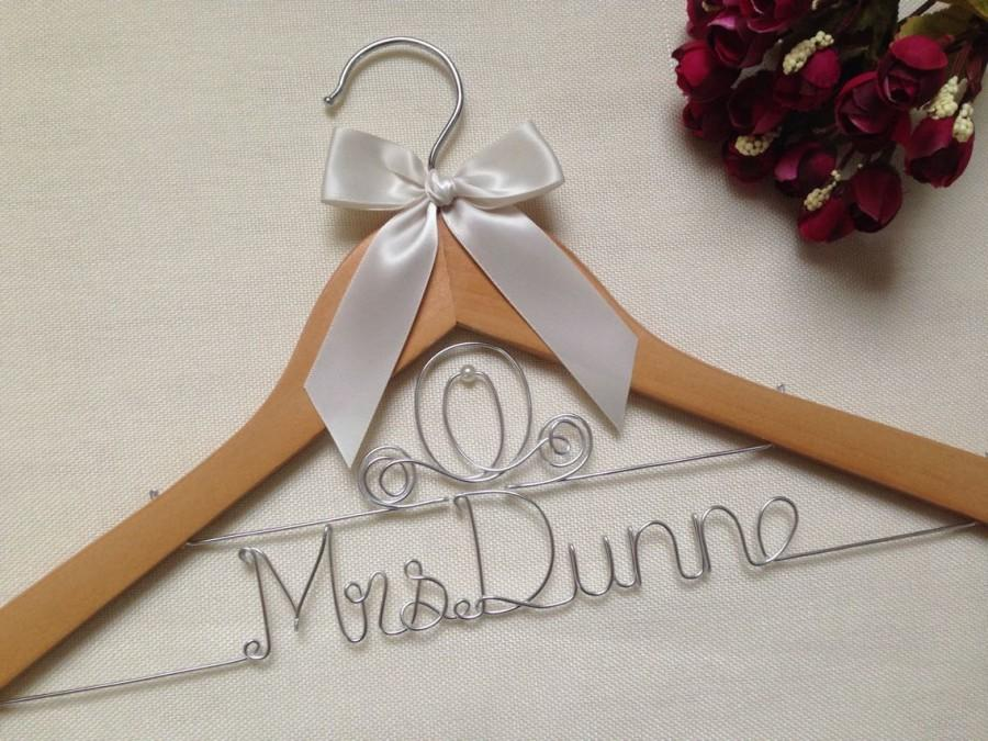 Mariage - Personalized Fairytale Wedding Hanger,Disney Princess Carriage Themed Bridal Hanger,Fairytale Wedding Hanger,Princess Wedding Hanger,Hangers