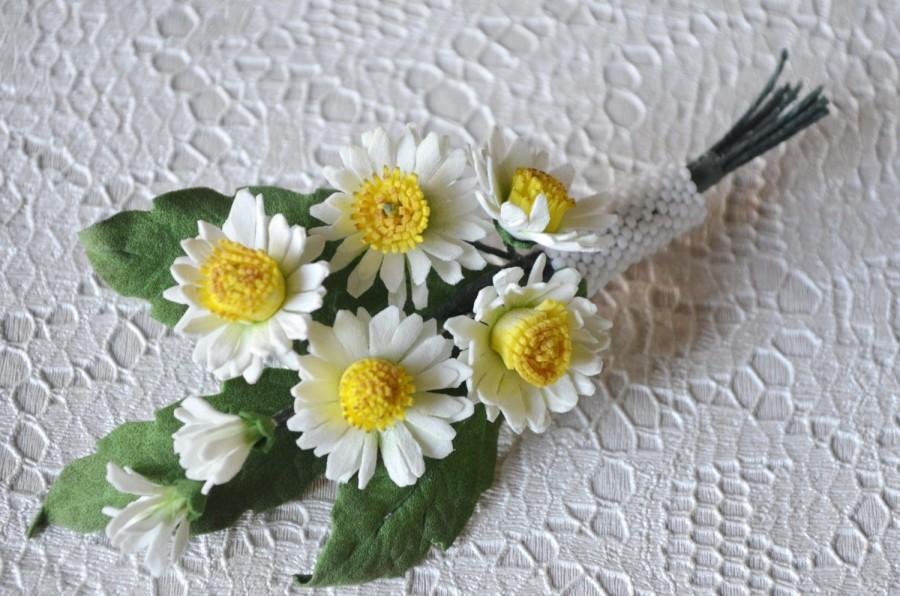 White Summer Flower Brooch Wild Daisies Floral Bridal Brooch