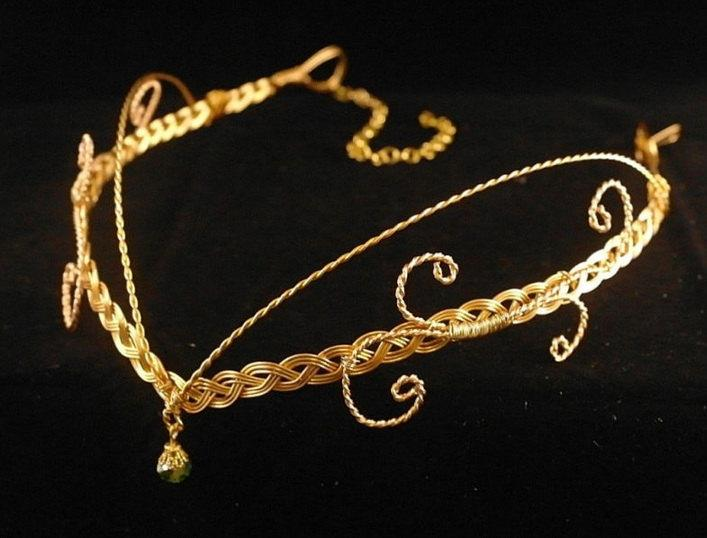 Hochzeit - Medieval Renaissance circlet gold crystal elven headpiece