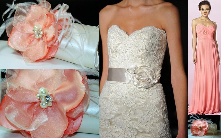 Mariage - Peach Bridesmaid Gift Idea - Bridesmaid Clutch - Maid of Honor Gift - Bridal Accessories - Rustic Chic Wedding - Clutches