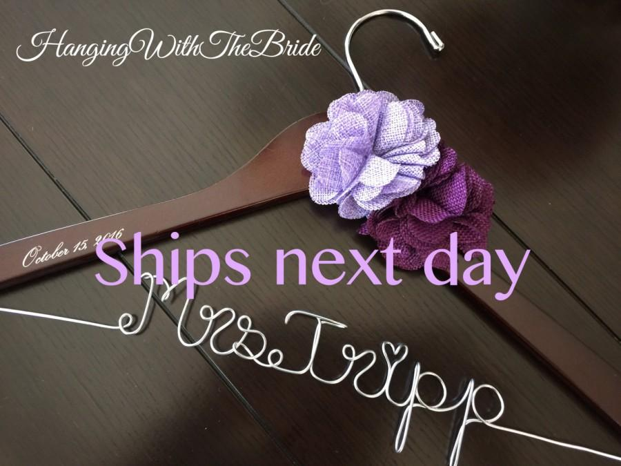 Mariage - Rush order,Wedding hanger, custom wire hanger, bridal hanger, bride gift, bridesmaids gift, custom made hanger