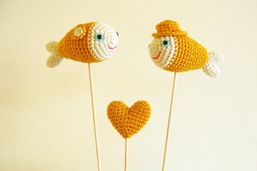 Crochet Golden Fish Cake Topper On Sticks, Gold Wedding Cake Topper ...