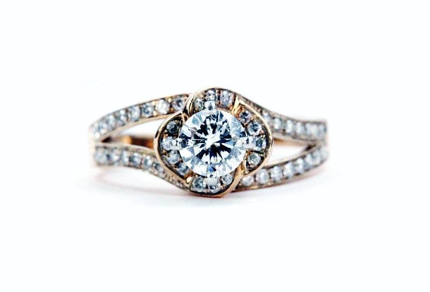 Hochzeit - Leo Rose Gold Diamond Engagement Ring Certified Diamond Unique Antique