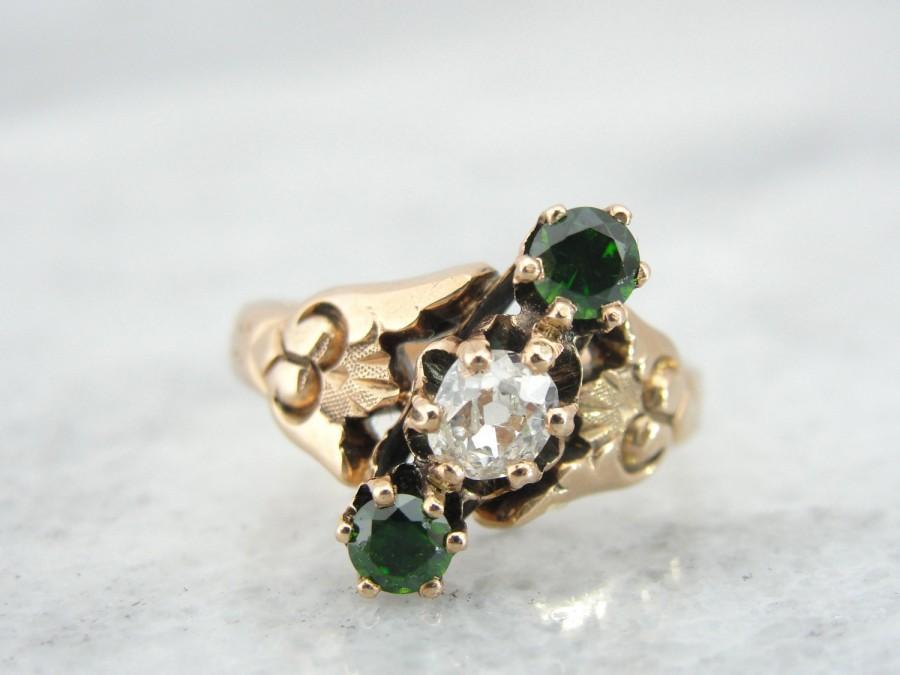 زفاف - Antique Victorian Rose Gold Ring with Fine Green Garnet and Mine Cut Diamond  QKFUE8-N
