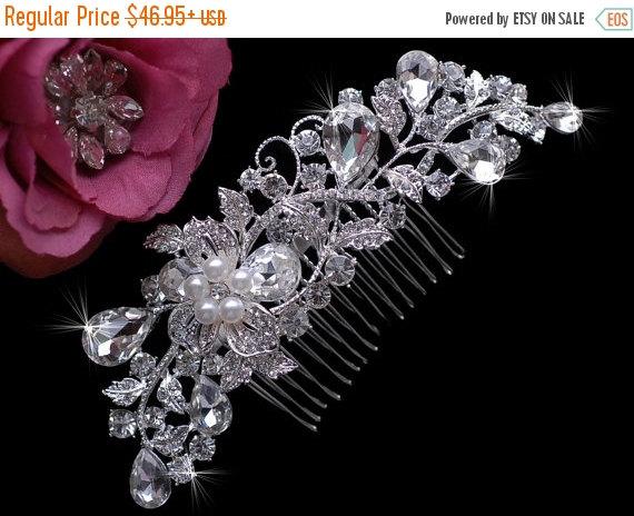 Свадьба - SALE - Swarovski Crystal Comb , Bridal Wedding Comb , Rhinestone Headpiece , Bridal Hair Accessories , Wedding  Rhinestone Comb , Prom Hair