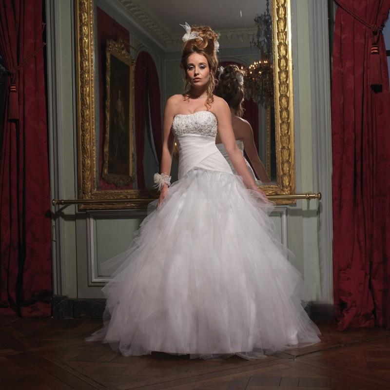 Wedding - Tomy Mariage, Star - Superbes robes de mariée pas cher
