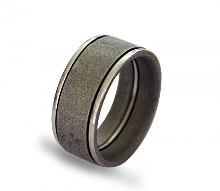 Mariage - Stainless steel mens ring with variated sandblasted surface
